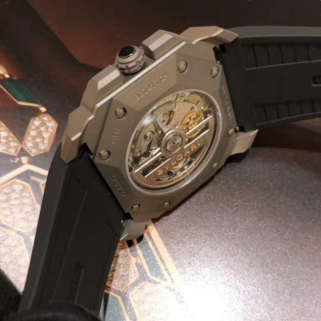 宝格丽OCTO VELOCISSIMO 系列计时码表,钛金属表壳 41mm,型号102859插图2