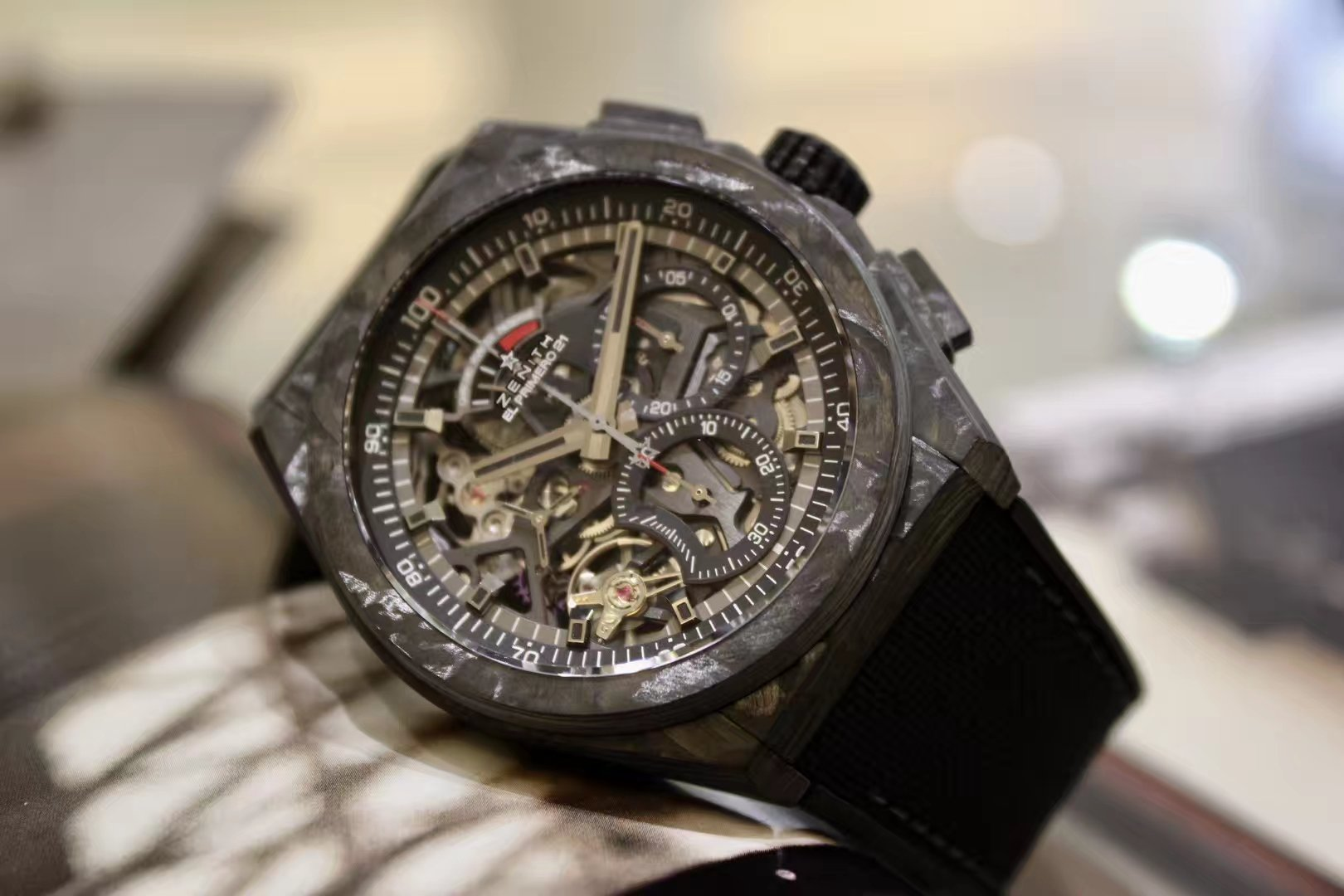 ZENITH真力时DEFY El Primero 21 系列镂空计时腕表,黑碳纤维材质10.9000.9004/96.R921插图