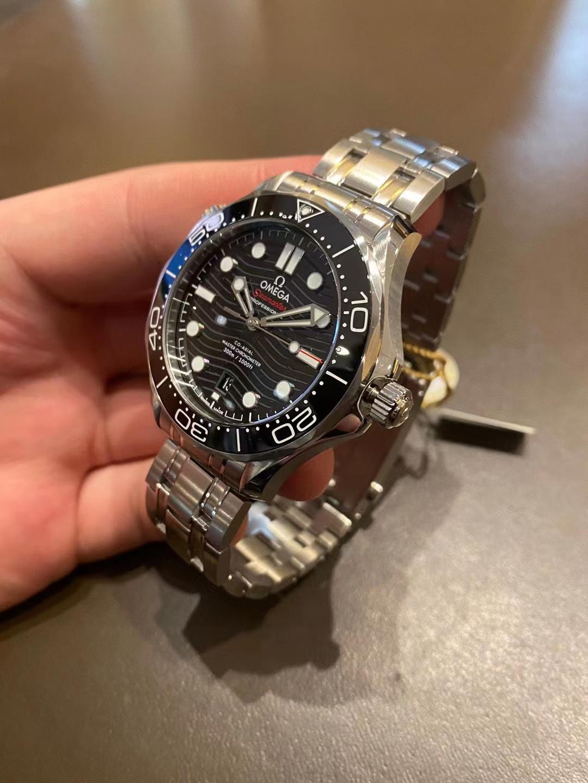 欧米伽 海马300 专业潜水表21030422001001 42mm插图2